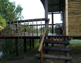 Die VLei Cottage and camp balcony 2